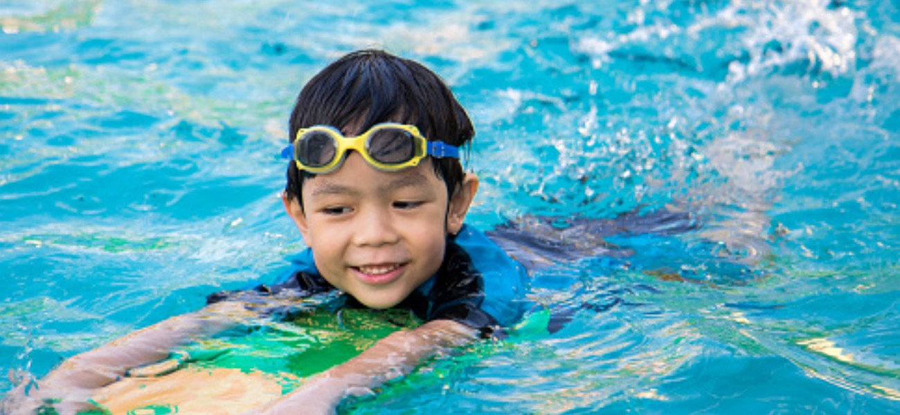 Aiming High - free swimming lessons